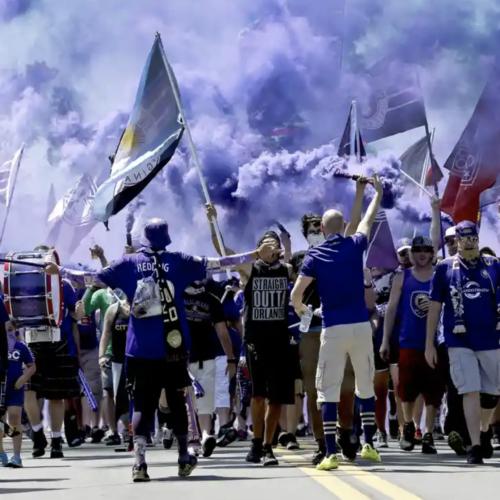 وفاداری و الگوهای رفتاری در میان طرفداران فوتبال